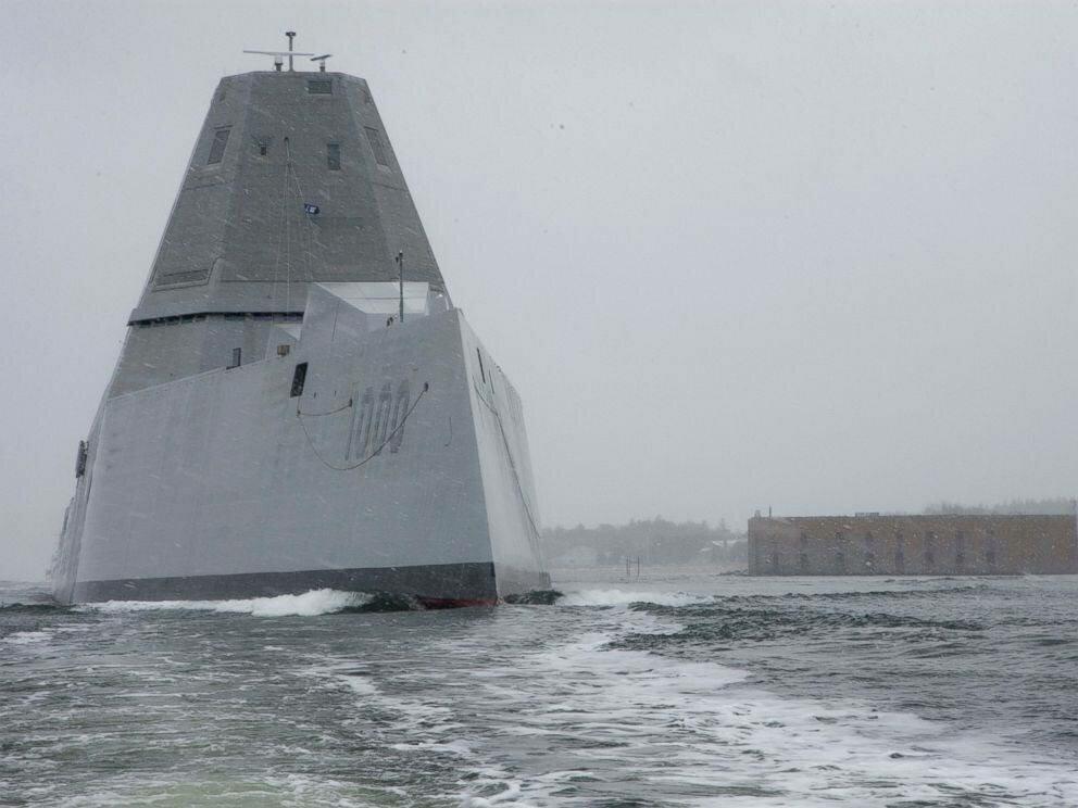 Американский эсминец DD-1000 Zumwalt вышел в свой первый «боевой» поход