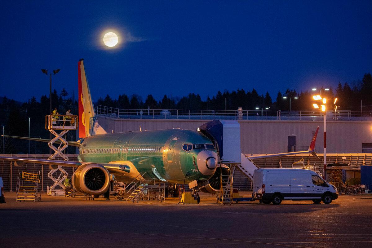 Boeing: у пилотов 737 MAX было 40 секунд, чтобы вернуть управление самолетом