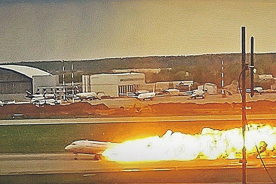 Пожар на борту самолета: пять похожих на катастрофу SSJ случаев почти без жертв