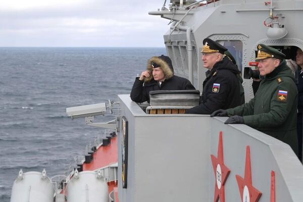 Президент России на учениях флота