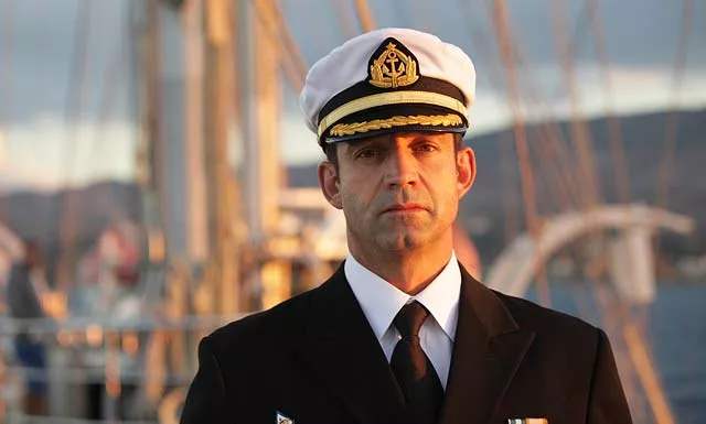 Почему капитан последним покидает корабль?