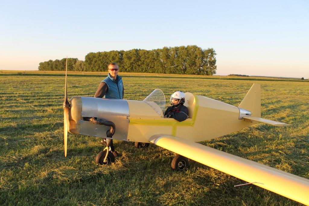 Сделай сам: пятеро мужчин сами построили летающий самолет