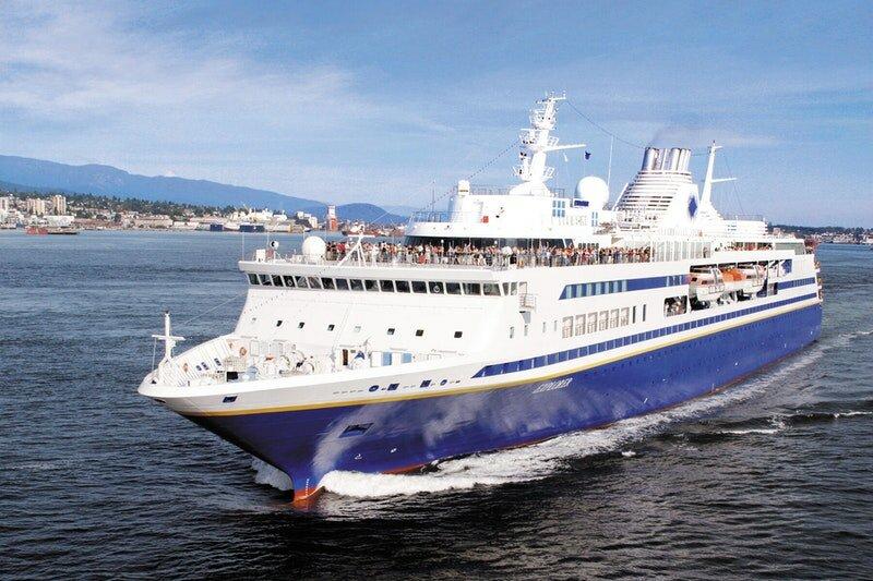 Самые быстрые круизные лайнеры: Olympic Voyager и Olympic Explorer