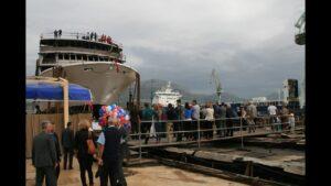 Спуск на воду лайнера Волга Дрим 2