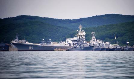 Атомный крейсер «Адмирал Лазарев» на утилизации