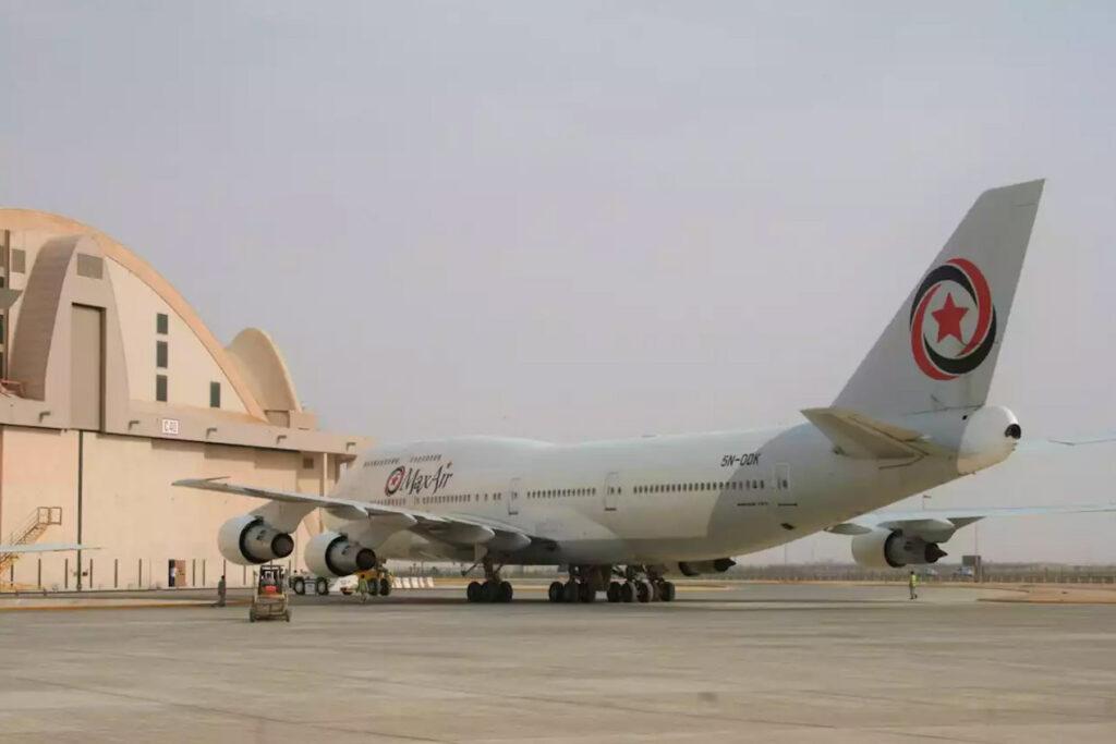 MaxAir Boeing 747-400