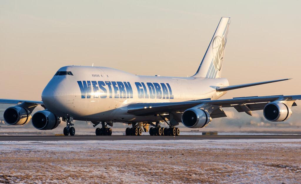 Western Global Airlines Boeing 747-400