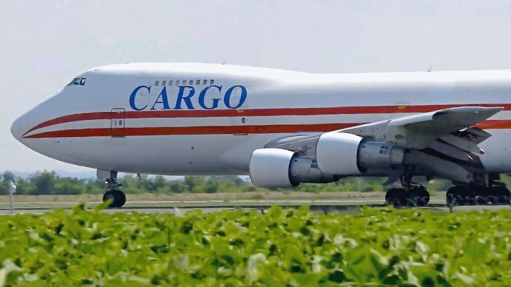 Geo-Sky Airlines Boeing 747-200
