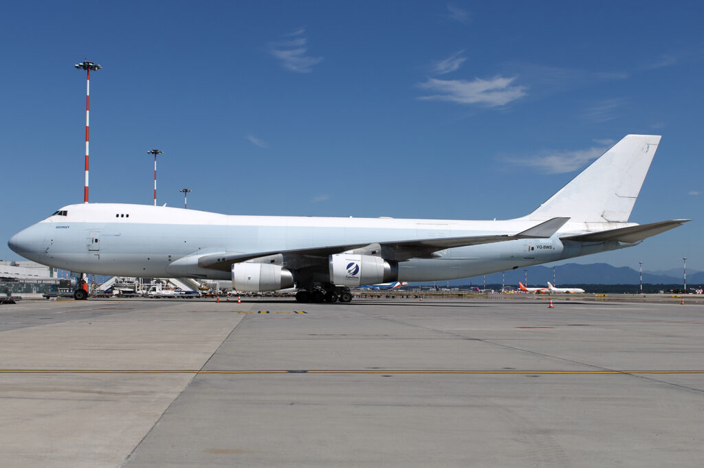 Longtail Aviation Boeing 747-400